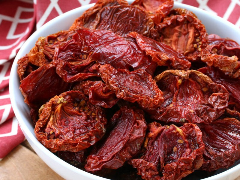 Where to find sun dried tomatoes in the grocery store