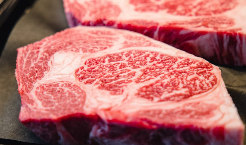Steak with fat marbling in it