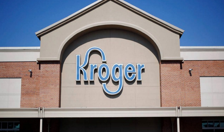 Front view of Kroger store building