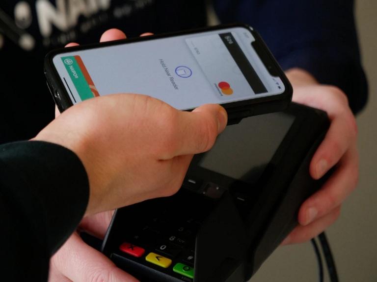 Does Kroger accept Apple Pay header image